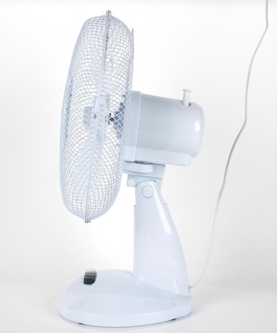 Beldray Oscillating Desktop Fan, 12-Inch, White Thumbnail 4