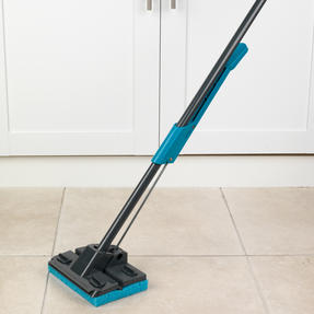 Beldray LA050915 Sponge Mop with Long Handle and Extra Sponge Head, Black/Blue Thumbnail 4