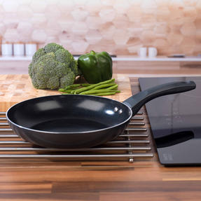 Russell Hobbs RH00078G Ceramic Non-Stick Frying Pan, Grey, 24 cm Thumbnail 6