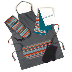 Progress New England Oven Glove, Tea Towel and Apron Set with Professional Neoprene Oven Gauntlet
