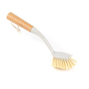Beldray Bamboo Dish, Bottle and Scrubber Cleaning Brush Set, 14 cm / 28 cm / 34 cm, Brown Thumbnail 8