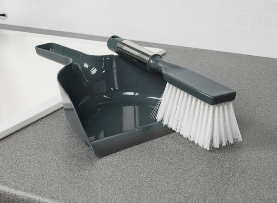 Beldray Cleaning Set with Chenille Duster, Dustpan and Brush and Window Squeegee Thumbnail 4