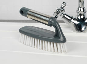 Beldray COMBO-2142 Kitchen Dish Brush with Scraper, Scrubbing Brush, Bottle Brush and Steel Brush Set, 4 Piece Thumbnail 4