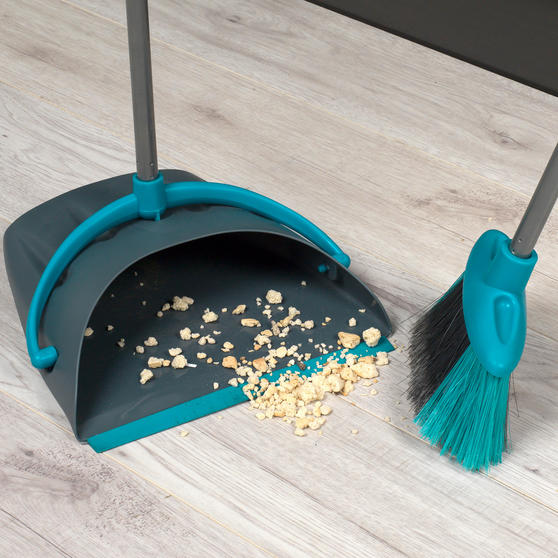 Beldray Dustpan and Broom Cleaning Set Thumbnail 2