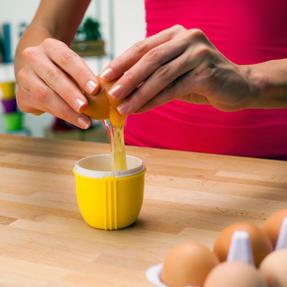 JML V03109 Crackin? Eggs Microwave Egg Cooker Boiler Poacher Scrambler, Pink Yellow or Purple Thumbnail 7