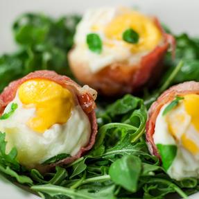 JML V03109 Crackin? Eggs Microwave Egg Cooker Boiler Poacher Scrambler, Pink Yellow or Purple Thumbnail 9