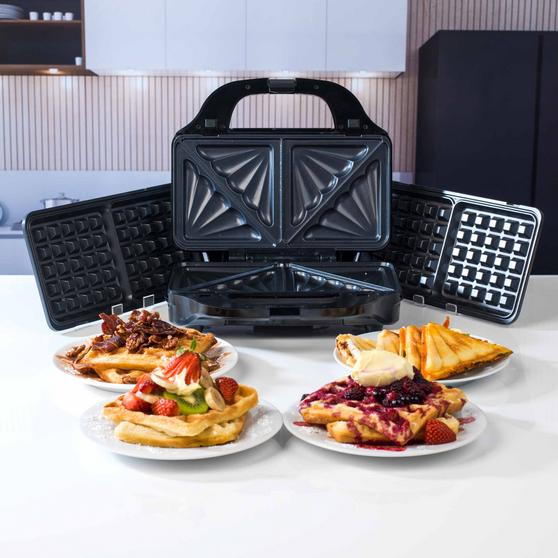 Beldray 2-in-1 Snack Maker with Sandwich and Waffle Plates Thumbnail 2