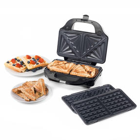 Beldray EK2143TWOBGP 2-in-1 Snack Maker with Sandwich and Waffle Plates Thumbnail 3