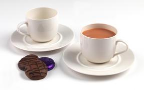 Alessi La Bella Tavola Porcelain Cups and Saucers, Set of 4 Thumbnail 6