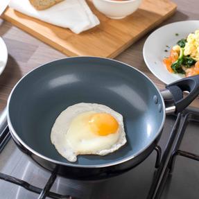 Beldray BW07013GP Non-Stick 4 Cup Egg Poacher Thumbnail 5