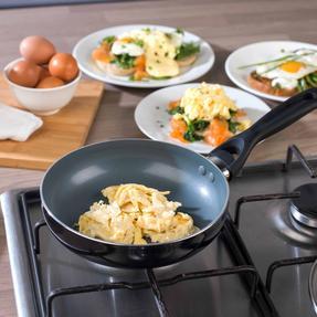 Beldray BW07013GP Non-Stick 4 Cup Egg Poacher Thumbnail 6