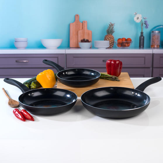 Beldray 3 Piece Ceramic Frying Pan Set, 20/24/28 cm, Black Thumbnail 5
