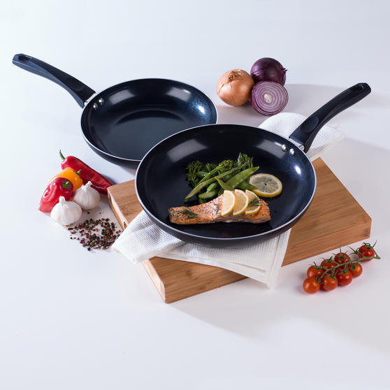 Beldray Two Ceramic Frying Pans, 20/28 cm, Black Thumbnail 2
