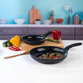 Beldray BW07060GP Two Ceramic Frying Pans, 20/28 cm, Black Thumbnail 2