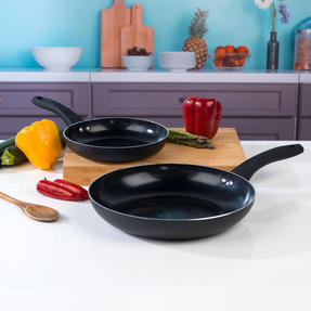 Beldray BW07060GP Two Ceramic Frying Pans, 20/28 cm, Black Thumbnail 4