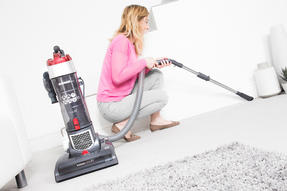 Hoover VR81OF01 Vision One Smartphone Pairable Bagless Upright Vacuum, 850 W Thumbnail 6