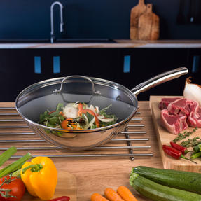 Thomas Rosenthal COMBO-3172 Stainless Steel Cookware with Wok, Grill Pan, Casseroles and Stock Pot Thumbnail 6
