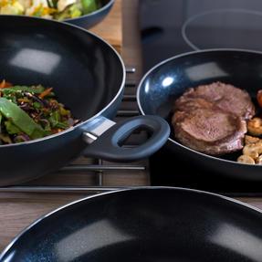 Russell Hobbs COMBO-2105 4 Piece Ceramic Non Stick Frying Pan and Wok Set, Grey Thumbnail 8