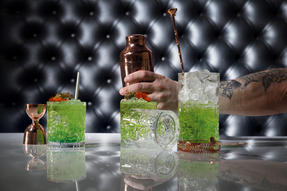 RCR COMBO-2224 Tattoo Crystal Cocktail Mixing Glass and Short Tumbler Glass Set, 7 Piece Thumbnail 4