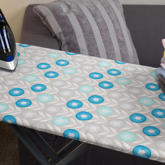 Beldray Max Steam Pro 3000 W Iron with Retro Floral Print Ironing Board Thumbnail 6