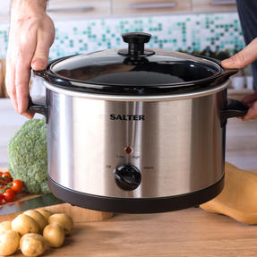 Salter Non-Stick Slow Cooker with 3 Heat Settings, 5.5 Litre Thumbnail 4