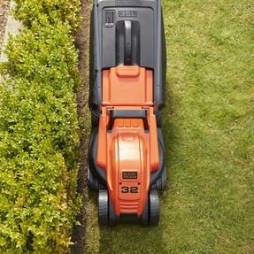 Black + Decker BEMW451BHGB Lawn Mower with Bike Handle, 1200 W, Orange, 32 cm Thumbnail 9