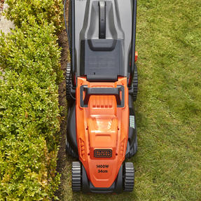 Black + Decker BEMW461ESGB Easy Steer Lawn Mower, 1400 W, Orange, 34cm Thumbnail 7