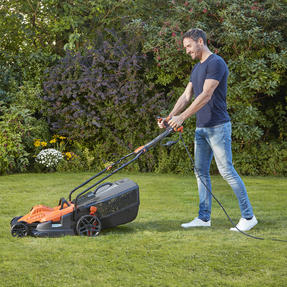 Black + Decker BEMW471ESGB Easy Steer Lawn Mower, 1600 W, Orange, 38cm Thumbnail 10