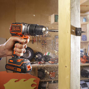 Black + Decker BL188GB Brushless Two Gear Hammer Drill,18V, 400mA charger Thumbnail 4