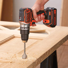 Black + Decker BL188GB Brushless Two Gear Hammer Drill,18V, 400mA charger Thumbnail 7