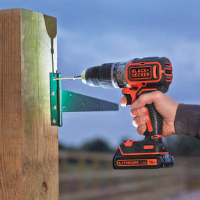 Black + Decker BL188GB Brushless Two Gear Hammer Drill,18V, 400mA charger Thumbnail 8