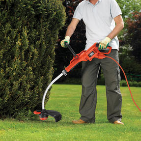Black + Decker GL7033GB Electric Strimmer Grass Trimmer, 700 W, 33 cm Thumbnail 7