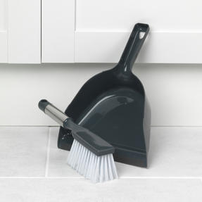 Beldray COMBO-2036 Cleaning Scrub Brush, Chenille Duster, Squeegee and Dustpan with Brush Set, 5 Piece Thumbnail 7
