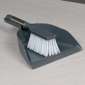 Beldray COMBO-2037 Dustpan and Brush with Stainless Steel Round Pedal Waste Bin Thumbnail 3