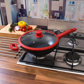 Progress COMBO-3305 3 Piece Forged Saucepan Set with 28 cm Wok, Silicone Oven Gauntlet and Neoprene Pan Handle Sleeve Covers, Red Thumbnail 9