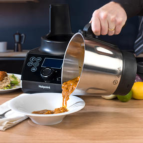 Hotpoint F100194 Ultimate Collection 10 Chef Multi-Cooker and Blender, 1.5 L, 570 W, Stainless Steel Thumbnail 2