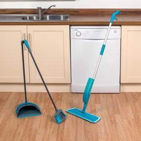 Beldray COMBO-3577 Telescopic Spray Mop with Dustpan and Broom Cleaning Set, 3 Piece Thumbnail 6