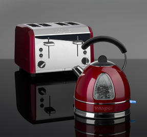 Waring COMBO-3581 Traditional 1.7 Litre Kettle with Four Slice Toaster, 3000 W / 2000 W, Red Thumbnail 2