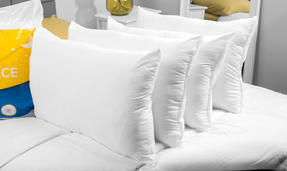 Dreamtime COMBO-3895 Super Bounce 13.5 Tog Duvet with Four Pillows, King Size, Polyester, White Thumbnail 3