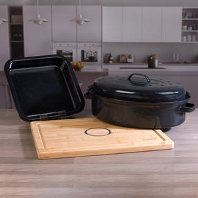 Russell Hobbs COMBO-3517 Vitreous Enamel Self-Basting Roaster and Baking Pan with Bamboo Carving Board Thumbnail 7