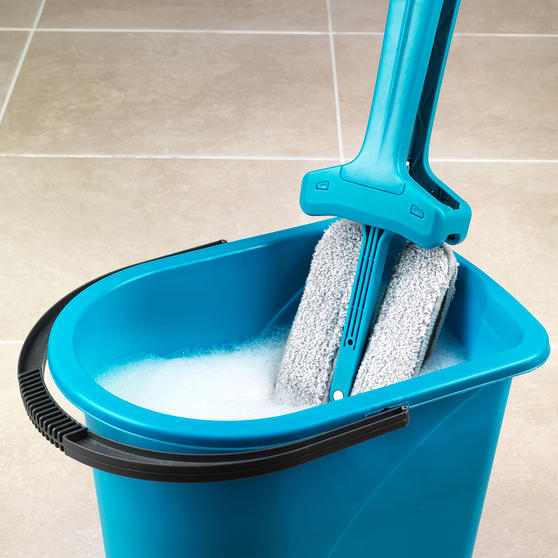 Beldray Double Sided Squeegee Mop with Extendable Duster and 14 Litre Mop Bucket Thumbnail 3