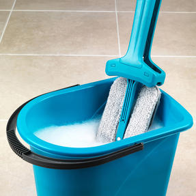 Beldray COMBO-3987 Double Sided Squeegee Mop with Extendable Duster and 14 Litre Mop Bucket Thumbnail 3