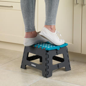 Beldray COMBO-3991 Cleaning Set with Small Step Stool, Caddy, Chenille Duster and Microfibre Cloths Thumbnail 4