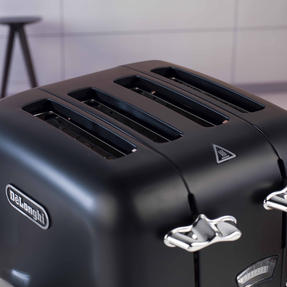 DeLonghi CTO4BK Argento Four Slice Toaster, 1600 W, Stainless Steel, Black Thumbnail 8