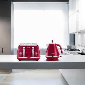 DeLonghi KBOE3001R Icona Elements Kettle, 1.7 L, 3000 W, Stainless Steel, Red Thumbnail 5