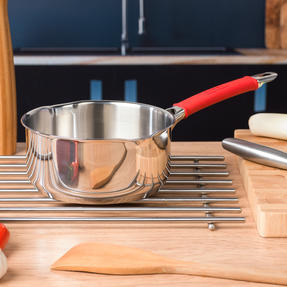 Pyrex COMBO-4090 Passion 2 Litre Saucepan and Non Stick Frying Pan, 18 / 20 CM, Stainless Steel, Red Thumbnail 5