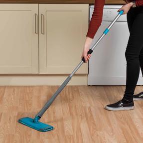Beldray LA050151EU Easy Twist & Wring Extendable Flat Head Mop, 132 cm, Turquoise Thumbnail 9