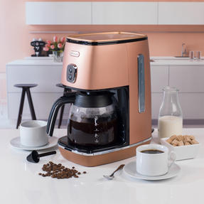 DeLonghi KBICIMI211CP Distinta Filter Coffee Machine, 1.25 L, 1000 W, Matte Metallic Copper Thumbnail 6