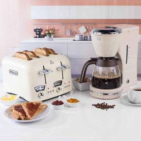 De?Longhi COMBO-4136 Icona Vintage Drip Coffee Machine with Argento Four Slice Toaster, Beige / Cream Thumbnail 5