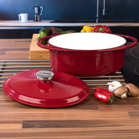 Lodge 1407003 Large Oval Cast Iron Casserole Dish with Lid, 4.7 L, 29 cm, Red Thumbnail 7